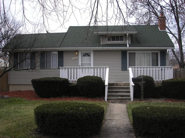home-rental-3380-15th-Wyandotte-Michigan